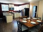 Monte Rio Treehouse, Full kitchen and dining