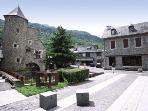 au coeur du magnifique village de ST LARY SOULAN (65)...