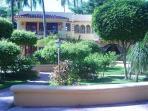 Los Corales - the Paizza where friends gather