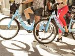 Four DIVVY bike stations in the neighborhood. Jump on!