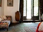 il pavimento originale in pietra lavica
