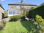 FELLSIDE, WiFi, woodburner, period cottage in Appletreewick Ref. 27212