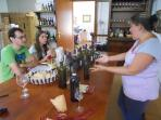 Travi Risonanti guests are given free wine-tastings