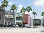 Everything from home furnishings to cupcakes in Highland Village