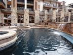 Year-round outdoor pool, fire pit and hot tubs