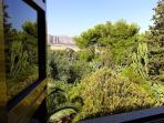 Particolare vista mare-giardino-montagna
