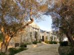 La Casa Vacanza 'Casa Ulmi' è dotata di appartamenti in pietra viva