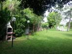 barbecue , giardino e giochi