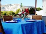 Benvenuti...mettetevi comodi e godetevi Capri!