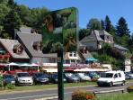 Les commerces et restaurants à proximité