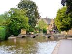 1 minute walk from Bourton Croft Cottage