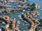 vue aérienne de Port Grimaud