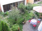 Gartenhaus von oben / garden apartment seen from the neighbors