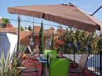 Rooftop garden (wheelchair unaccesible)