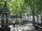 place des abbesses in summer