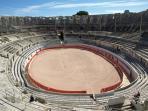 Arles arena - 30mins