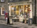 Askrigg had a village shop, 2 tearooms/deli and 3 great pubs.