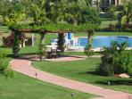 gardens ,swimming pool and jacuzzi