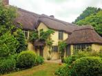 Beck Cottage - 6 bedrooms - New Forest - sleeps 12