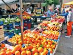 Market, thuesday and sunday in Alcudia old town