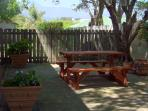 Shaded area for a relaxing braai (bbq) with mountain view