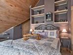 Upstairs Bedroom w/queen