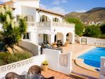 The villas sun terrace allows all day sun
