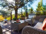 Artemis Retreat - Outdoor Entertaining