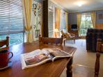 Daylesford Accommodation Escapes - Springview