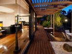 Springs Spa Villa - Twilight