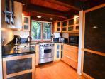 Nice full kitchen
