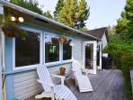 Great deck for relaxing outside