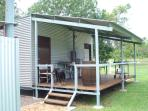 Extra guest cabin - sleeps 2
