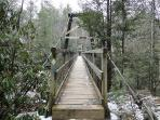 What a beautiful EASY HIKE to the swinging bridge