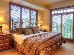 Emerald Lodge Master Bedroom- 5206