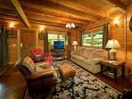 Rainbow Ridge Four Seasons #265- Luxury Family Room