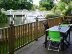 Enjoy River life and Al fresco dining on the elevated decking when holidaying in Pixie Place