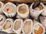 Calitri's 'supermarket' - nuts, beans, pulses and corn, locally grown - staples of the Italian diet