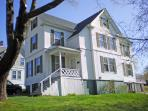 A WALK TO TOWN | BOOTHBAY HARBOR MAINE| RELAX | SHOPPING | CLOSE TO TOWN