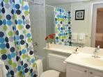 Bombay Suites Mississauga - 01 Bedroom Furnished Apartment Bathroom