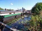 Houseboat Vertrouwen - streetview