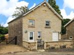 CHAPEL COTTAGE, near to walks and the city of York, with a garden in