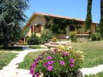 Country House Glicine with pool and hot tube around Rome