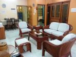 """Executive Suite """"2BHK Serviced Apartment"""" for 4 guests in Lucknow India"""