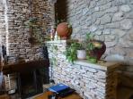 cheminée insert en pierres sèches