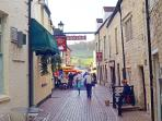 South Cotswolds Stroud - in the centre of the Five Valleys, an Area of Outstanding Natural Beauty