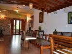 Villa Caroline - Entrance Foyer