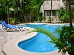 well maintained property, common areas and swimming pool