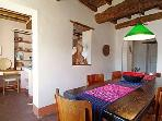 Leonida dining room