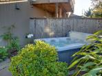 Outdoor hot tub for 4-6 guests.....will melt your cares away.